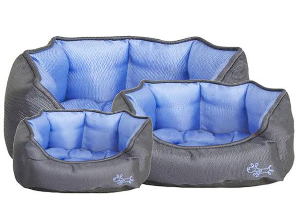 Bondi Indoor Outdoor Water Resistant Dog Bed - Dog & Puppy Bedding ...
